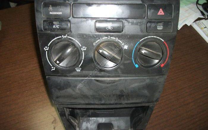 Toyota-Corolla-2003-Cikma-Klima-Kontrol-Unitesi-700×438